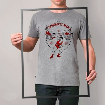 T-Shirt strongest man