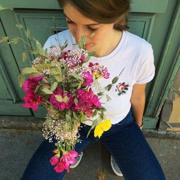 T-Shirt Brodé Rose - femme