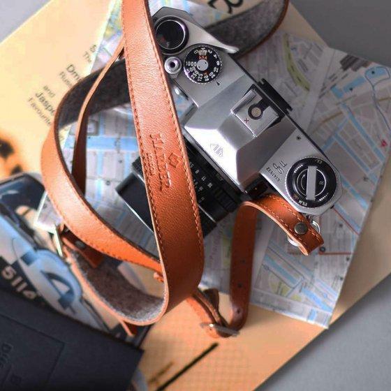 Sangle d'appareil photo en cuir et feutre